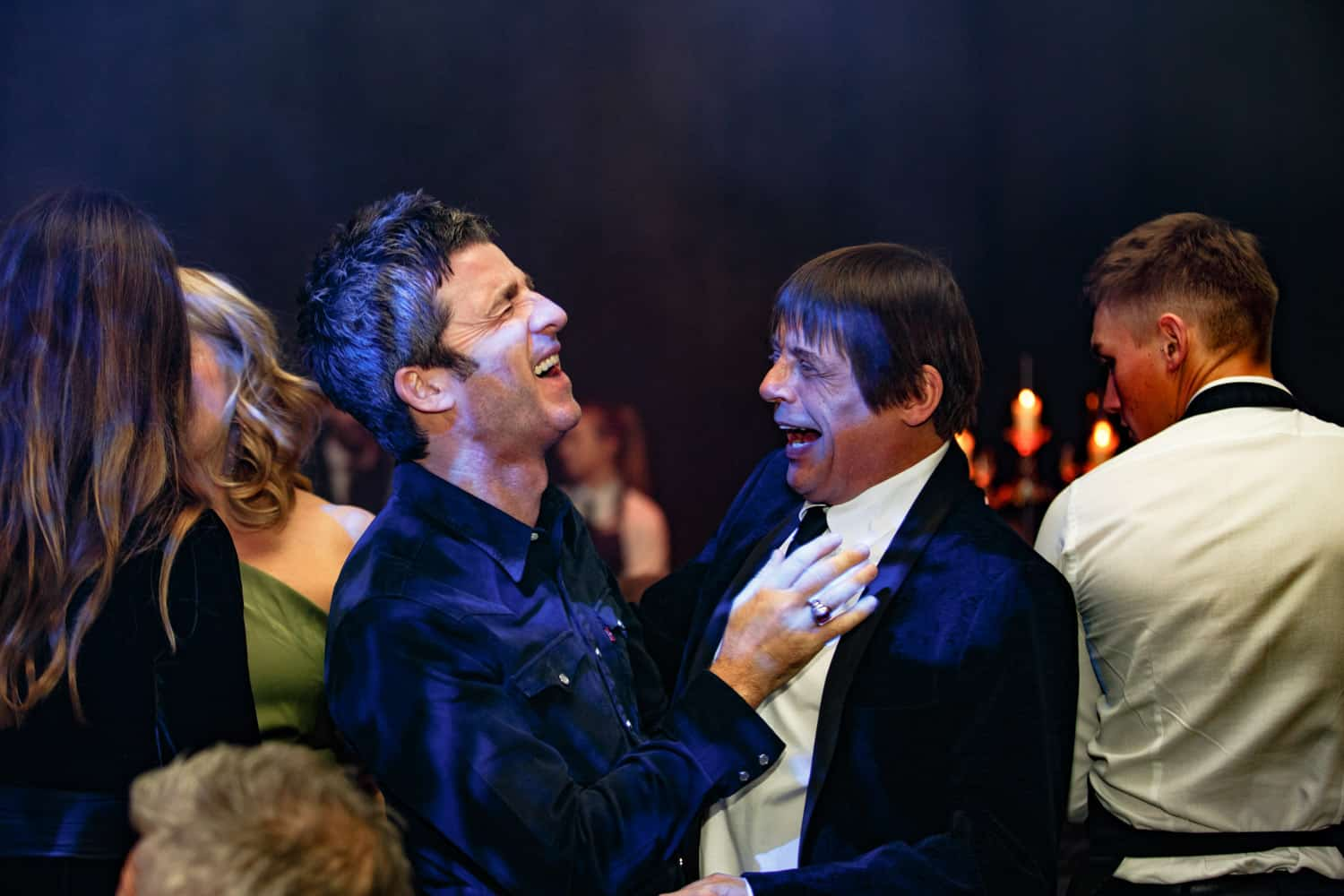 noel gallagher and stone roses having a laugh